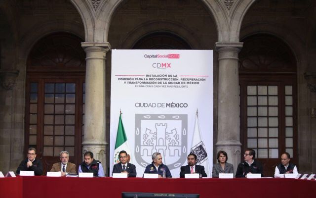 Ricardo Becerra encabezará Comisión para la reconstrucción de la Ciudad de México - Foto de Miguel Ángel Mancera