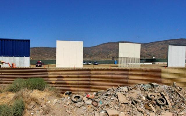 Concluye construcción de prototipos del muro fronterizo con México - Foto de Reuters/Jorge Dueñes