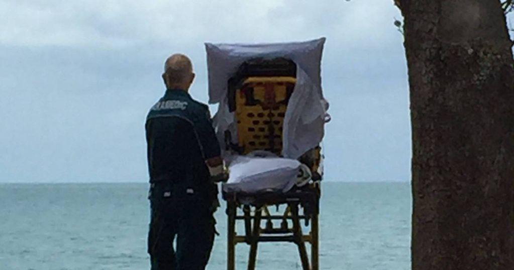 Paramédicos cumplen último deseo de paciente terminal en Australia - Foto de QAS