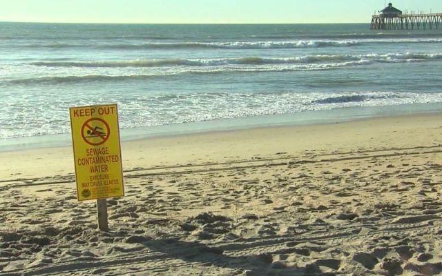 Llegan aguas negras de México a playas del sur de California - Foto de internet