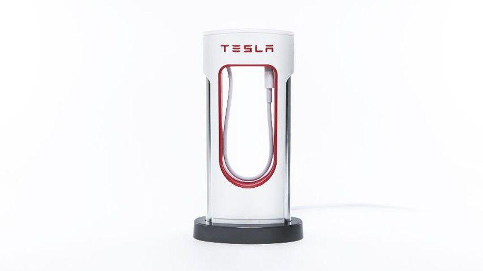 El cargador de escritorio de Tesla - Foto de Tesla