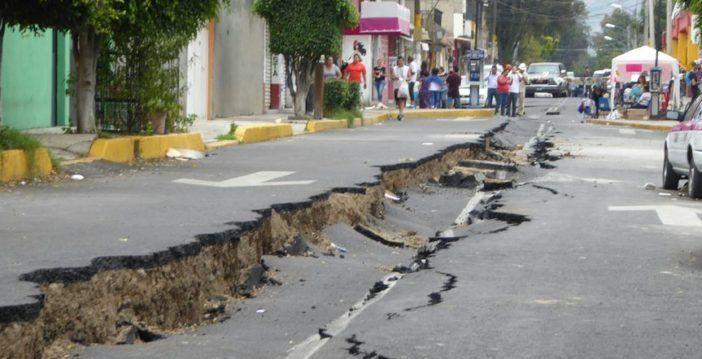 Mancera anuncia plan de mil mdp para tratar grietas en Tláhuac