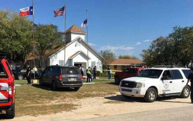 Fuerza Aérea no envió historial delictivo de atacante en Texas