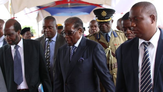 Corte legitima sublevación contra Mugabe en Zimbabue - Foto de EPA
