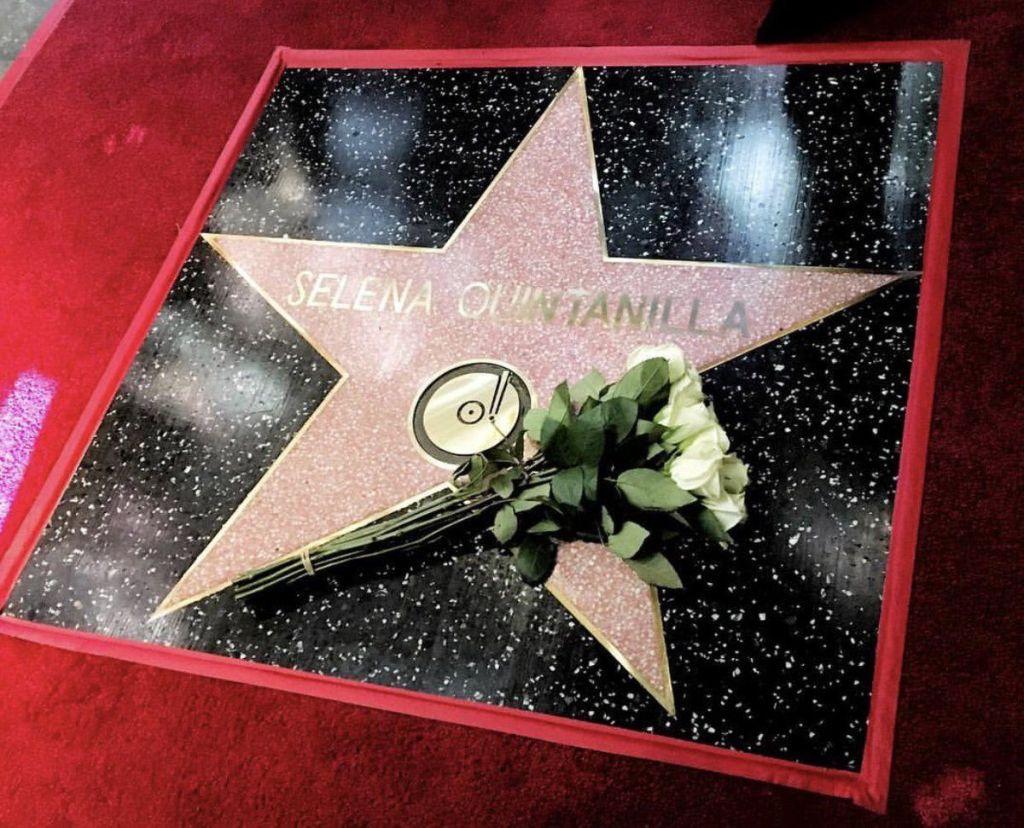 Develan estrella de Selena en Paseo de la Fama de Hollywood - Estrella de Selena Quintanilla. Foto de Twitter