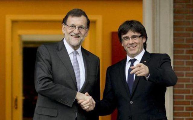 """Puigdemont pide reunión """"sin condiciones"""" a Rajoy"""