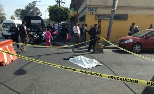 Camión de transporte público atropella y mata a mujer en Zaragoza - Foto de Quadratín