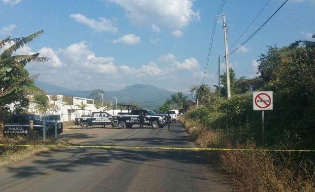 Enfrentamiento entre policías y civiles deja un muerto en Michoacán - Foto de Quadratín