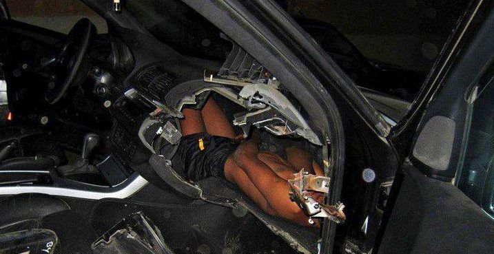 Encuentran a niño escondido en el tablero de una camioneta para cruzar a España