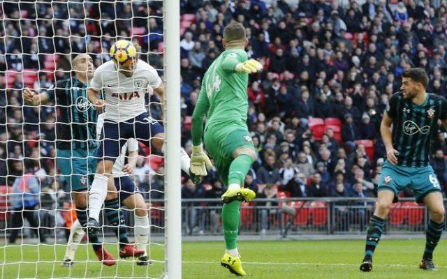 Harry Kane supera a Messi como el mayor goleador del año en Europa - Foto de AP