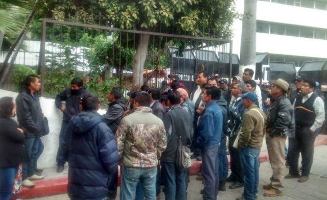Sujetos armados toman presidencia municipal de El Bosque, Chiapas - Foto de Quadratín