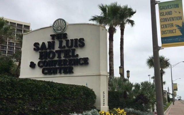 Cuatro muertos en multisuicidio en Galveston - Foto de Twitter