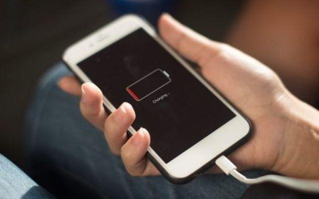 Apple es investigada por el Gobierno de EE.UU. por iPhones lentos