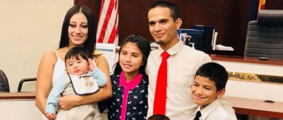ICE desiste en deportar a mexicano con hijo enfermo de cáncer - Foto de Sonia Berrones vía ABC