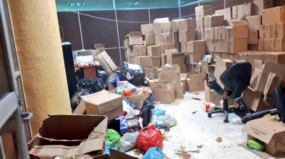 Maestros del CETEG vandalizan oficinas del SNTE en Chilpancingo - Foto de @Torress43