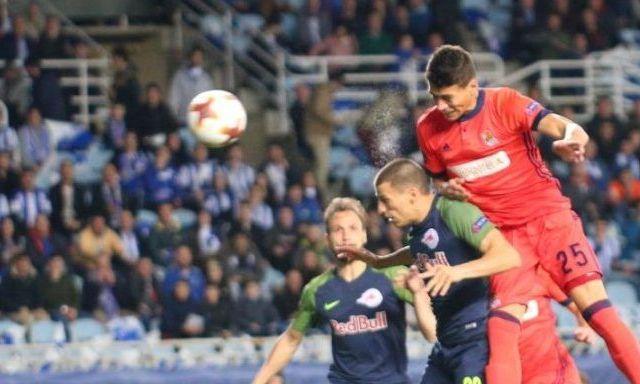 Doloroso empate de Moreno y la Real Sociedad en Europa League - Foto: @RealSociedad.