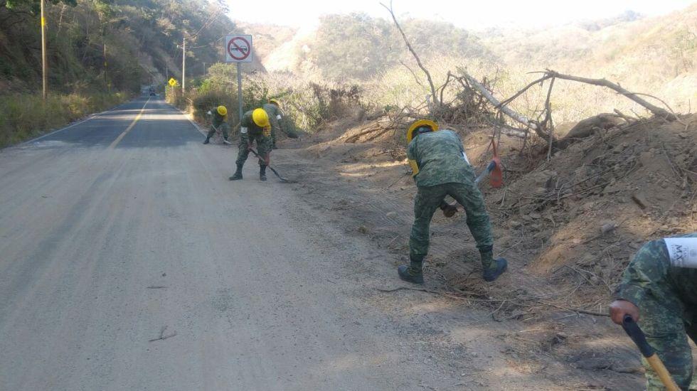 Otorga Sedena apoyos a familias afectadas en Jamiltepec - Foto: Sedena.