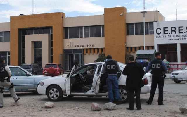 Ponen a disposición de PGR a enfermera de Cereso en Querétaro - Foto: Quadratín.