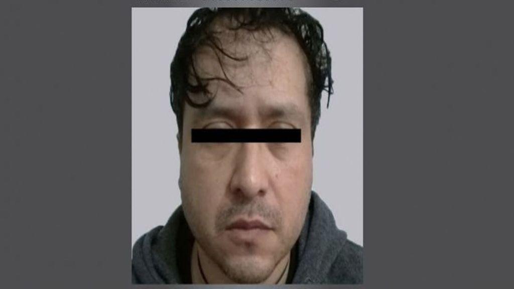 Profesor de Chimalhuacán acusado de pedir fotografías íntimas a alumna - Foto de Fiscalía EdoMex