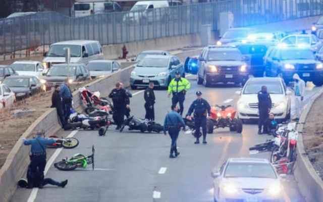 #VIDEO Operativo en Boston contra motociclistas deja siete detenidos - Foto de NECN