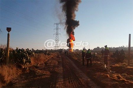 Ladrones de combustible provocan explosión de ductos en Edomex - Foto de Internet