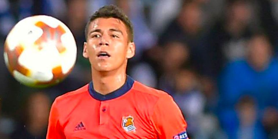 Héctor Moreno estará fuera de las canchas por tiempo indefinido - Foto de Twitter