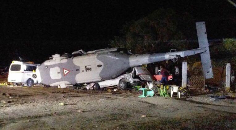 Sedena ofrece apoyo a familias de víctimas tras caída de helicóptero
