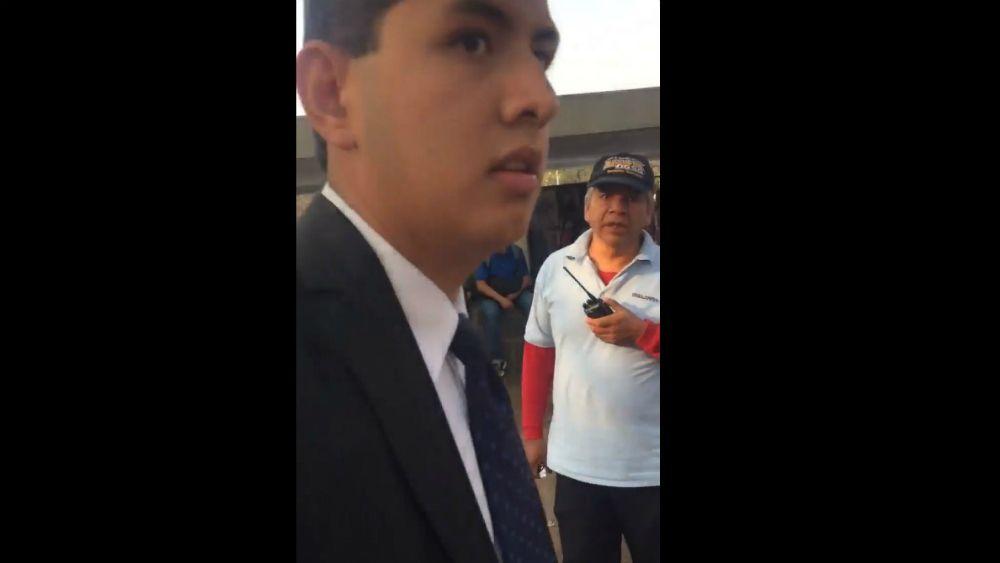 #Video Amedrentan a alumno de la UNAM por denunciar venta de droga - Foto: Facebook.