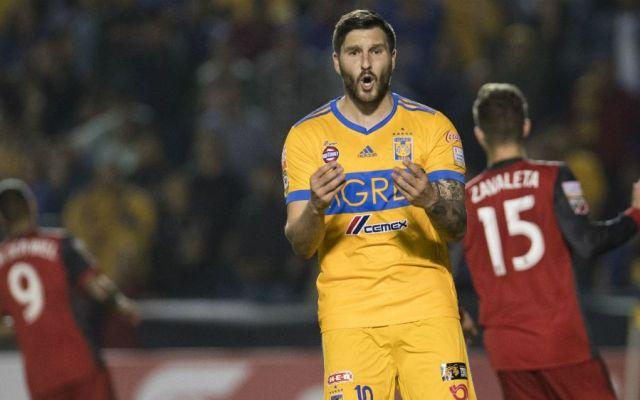 Gignac es baja contra Chivas - Foto: Mexsport.