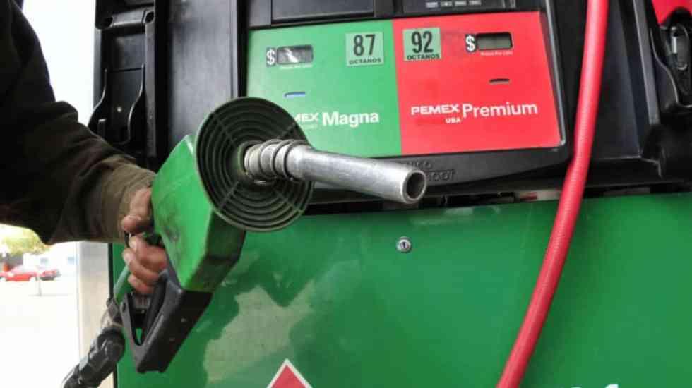 Sube gasolina Magna 3.8 por ciento en febrero - eliminarán iva en las gasolinas en la frontera norte