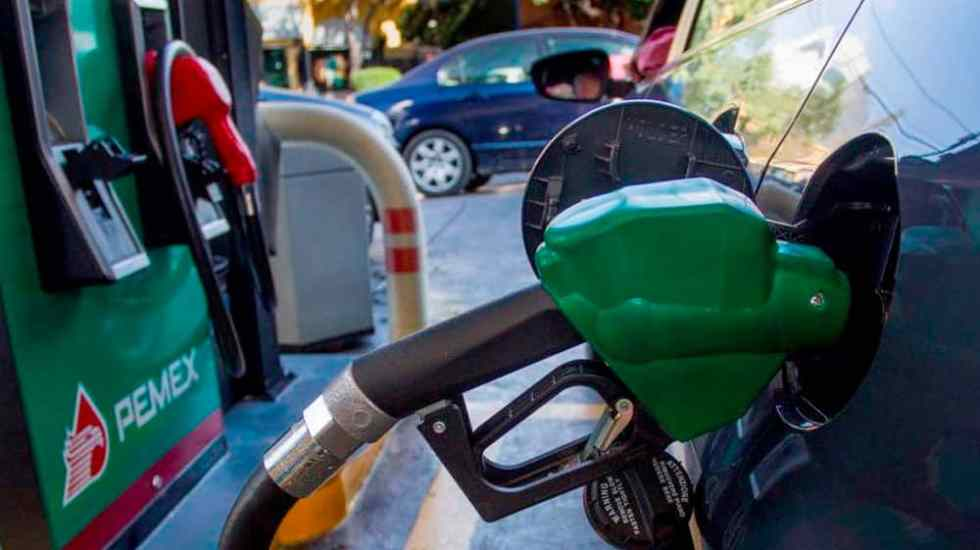 Gasolina Magna ya cuesta más de 20 pesos por litro - Foto de internet