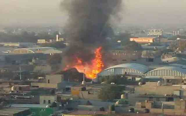 Sofocan incendio en bodega de Ecatepec - Foto de Twitter