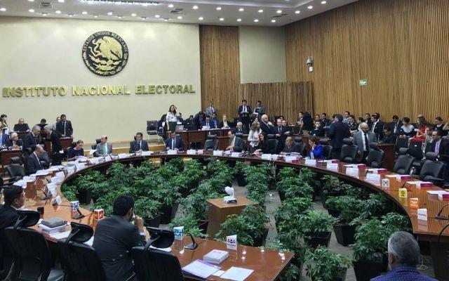 Más de 100 organizaciones buscan convertirse en partido político - Foto de INE