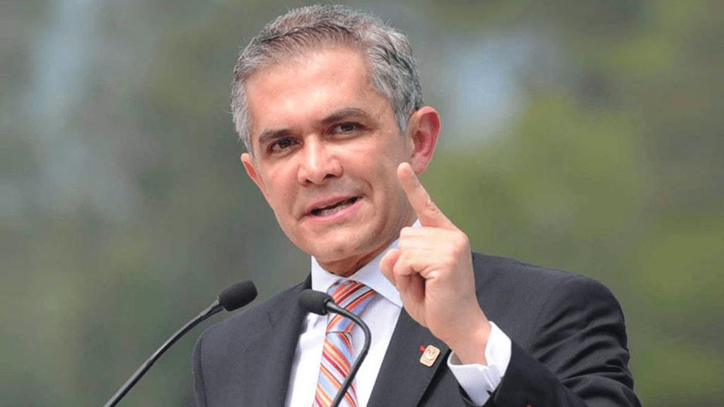 Miguel Ángel Mancera será coordinador del PRD en el Senado - Foto de internet