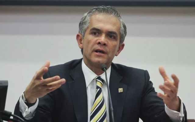 No me interesa una candidatura cuestionada al Senado: Mancera - Foto de Revista Mira