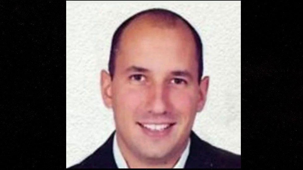 Giran orden de aprehensión contra Manuel Barreiro