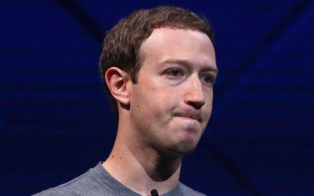 Accionistas buscan que Mark Zuckerberg deje la presidencia de Facebook - Foto de Time