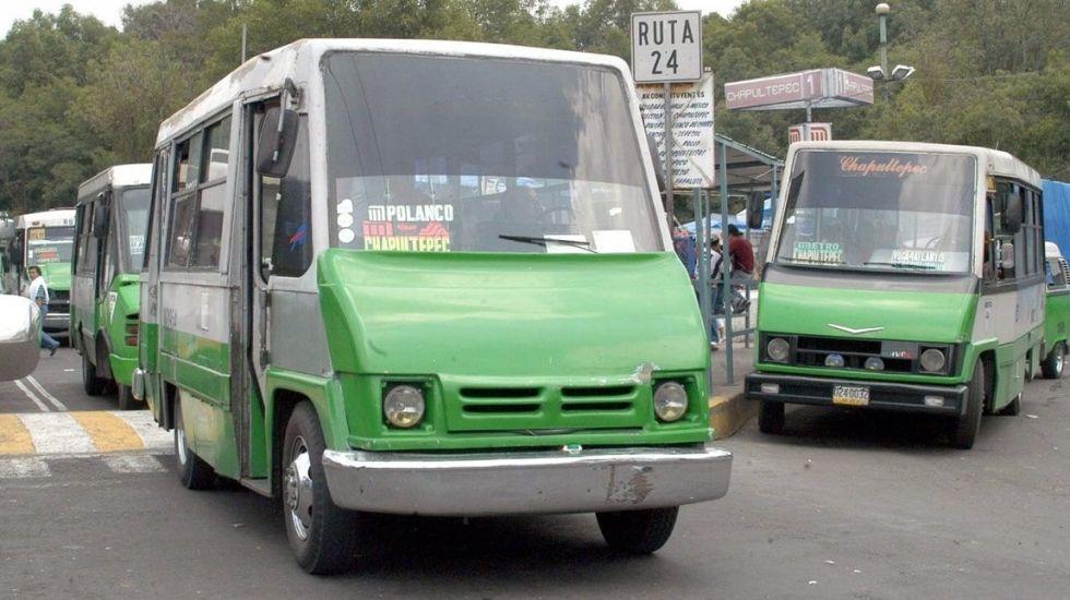 'Microbuseros' de la Ciudad de México podrán afiliarse al IMSS - Foto de Archivo