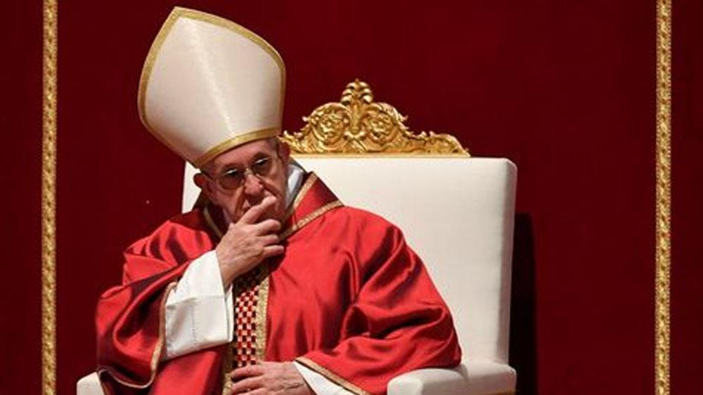 El papa Francisco evoca la pasión de Cristo en Viernes Santo - Foto de AFP