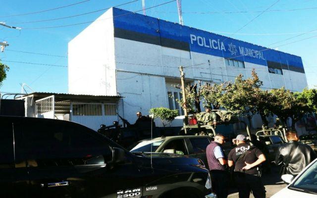 Gobiernos Federal y Estatal intervienen la Policía de Tlaquepaque - Foto de @FiscaliaJal