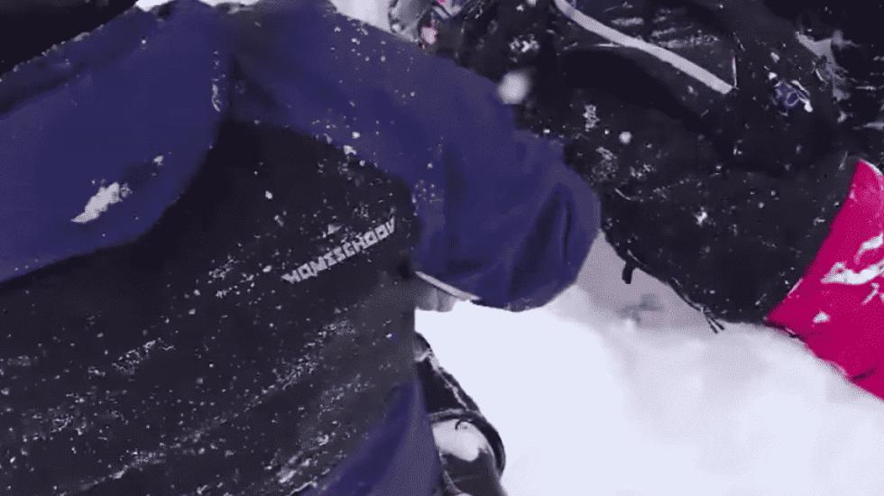 #Video Rescatan a persona atrapada en avalancha en California - Captura de Pantalla