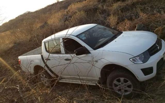 Hallan abandonada segunda camioneta del INE en Apatzingán - Foto de Quadratín