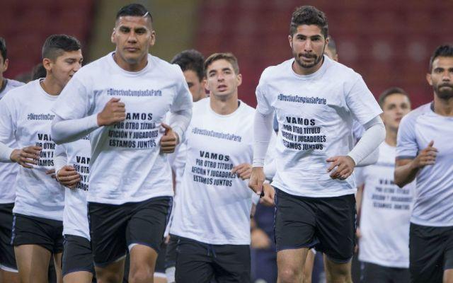 Chivas vuelve a protestar por adeudos en premios - Foto: Mexsport