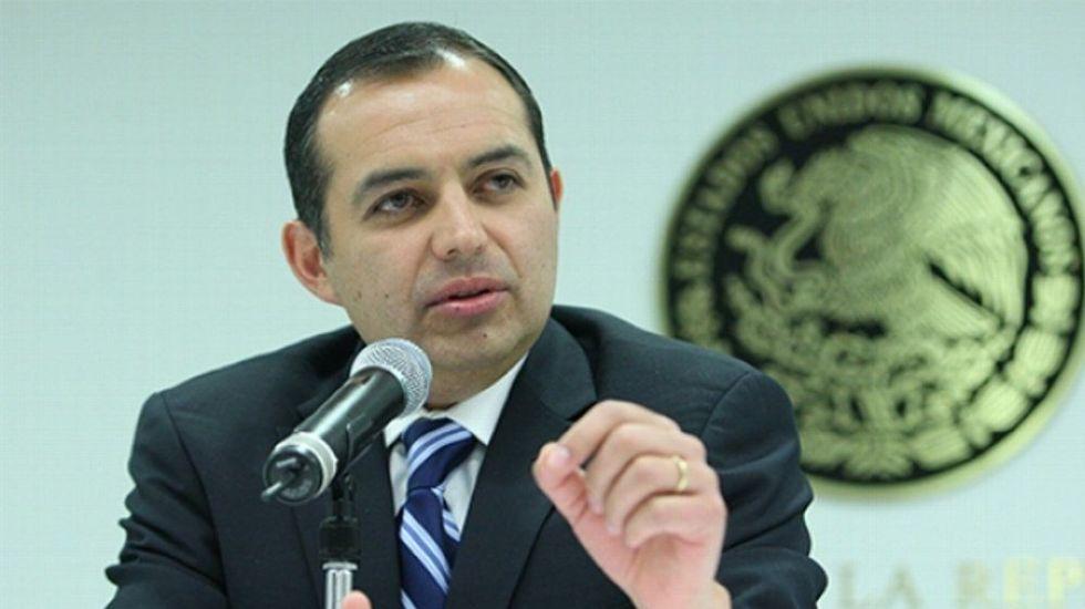 Ernesto Cordero anuncia que votará por Meade - Foto de internet