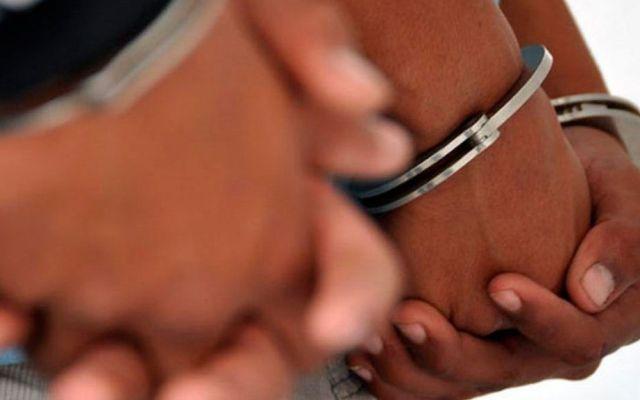 Detienen a dos tras asaltar a conductor cerca del AICM - Foto de Archivo