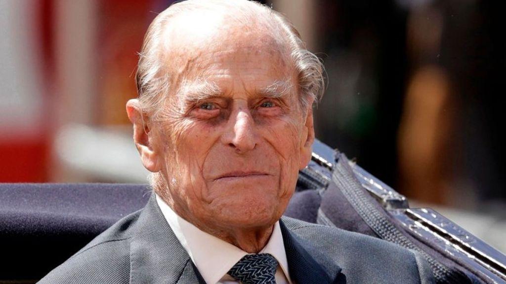 Hospitalizan al príncipe Felipe para cirugía de cadera - Foto de AP