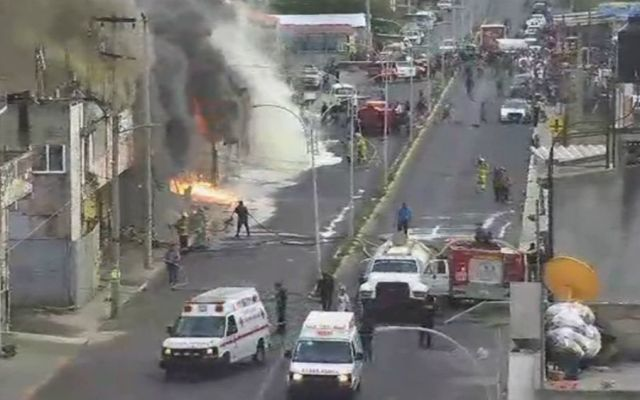 Fuerte incendio consume bodega en el Estado de México - Foto: @C5Edomex.
