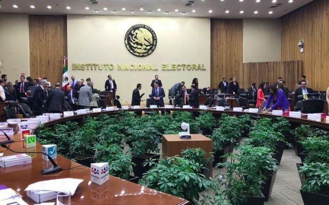 INE convoca a ciudadanos a participar en el tercer debate presidencial - Foto de @INEMexico