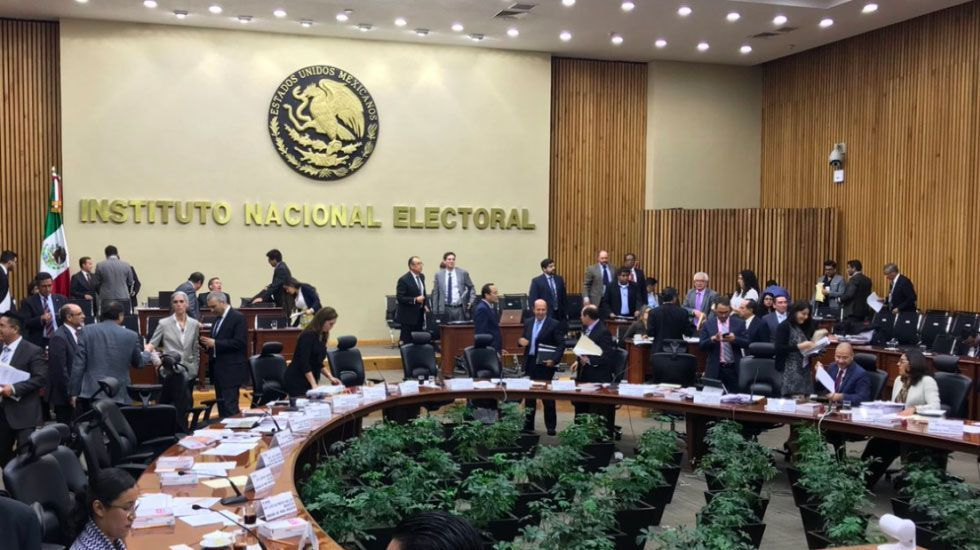 """""""Ese mito de que los muertos votan está vencido"""": INE - Foto de Noticieros Televisa"""