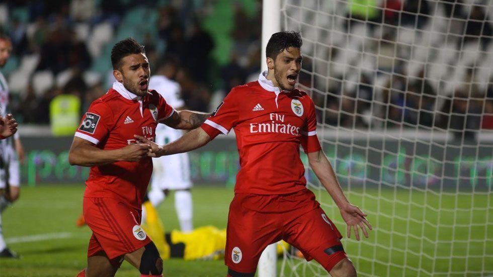 Jiménez le da el triunfo al Benfica con doblete